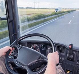 Núdzový stav  vyhlásený v Českej republike – obmedzenia pre autobusy, výnimky pre nákladnú dopravu