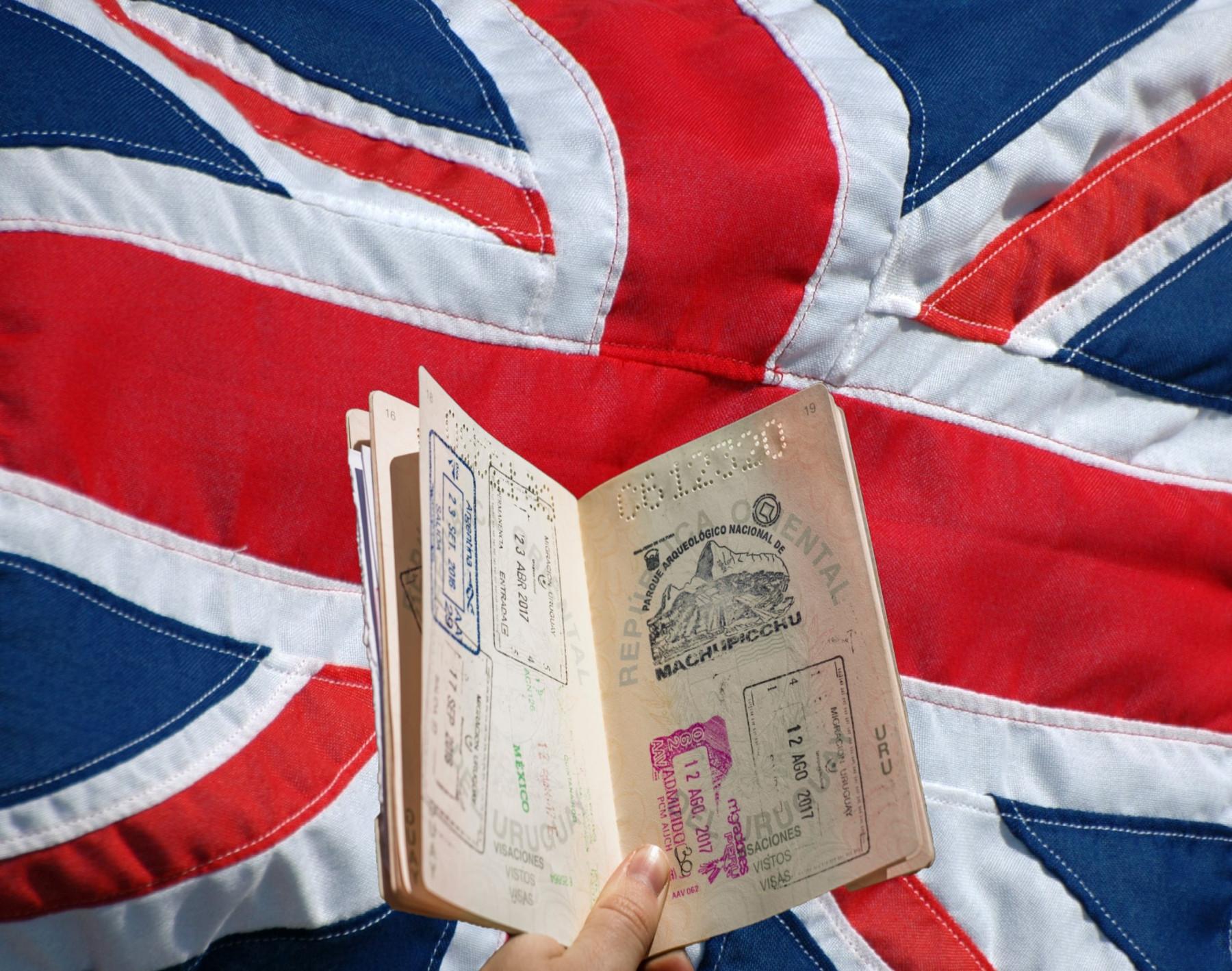 Do Veľkej Británie iba s cestovným pasom